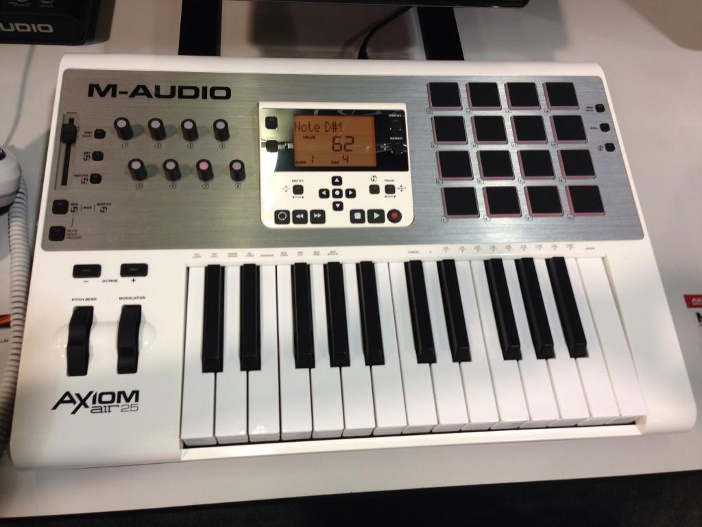 M-Audio Axiom AIR 25 MIDI Controller Keyboard
