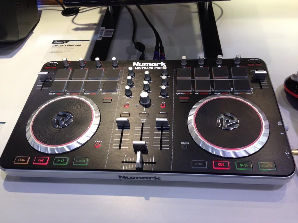 Numark MixTrack Pro Mk2