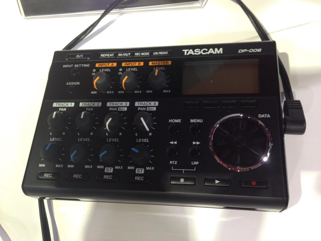 Tascam DP-006 Portastudio