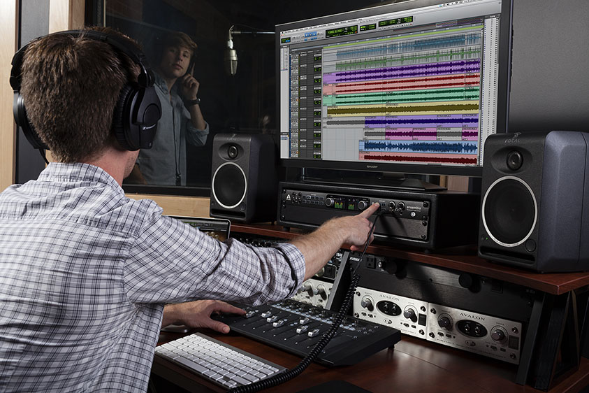 Ensemble-Thunderbolt-Pro-Studio-Talk-Back
